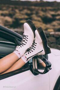 Doc Martens Jadon Boots Platform 8-Eye White Leather Womens Size 8 39 New