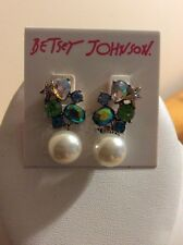 75379e029 $28 Betsey Johnson gold tone crystal cluster pearl drop earrings MM4