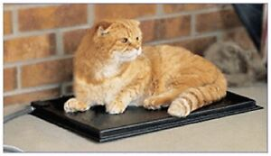 "K&H PET 3093 Outdoor Heated Kitty Pad Black 12.5"" x 18.5"" x 0.5"" 40 watts"