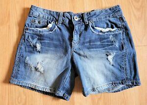 Mudd Jean Shorts ~ midrise ~ Zipper Fly ~ Medium Wash ~ Denim ~ 11 ~ Distressed