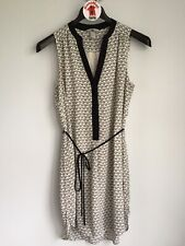 H&M White V-neck Shell Print Dress Size 10 Sleeveless Hi Low Hem Tie Waist Belt