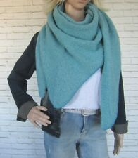 Dreieckstuch Tuch Schal mit Wolle Bouclé weich leicht flauschig Blogger aqua