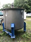 550 Gallon Stainless Steel Chemical Mixing / Storage Tank