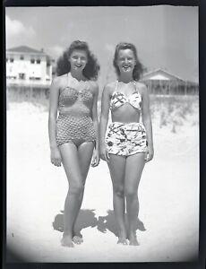LQQK 5X4 vintage 1940s negative, LOVELY OLD SCHOOL BEACH GIRLS NEXT DOOR #11