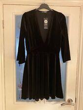 Ladies Clothes Size 16 Boohoo Plus Black Velvet V Neck Skater Dress (598