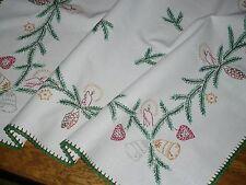 Alte Weihnachtsdecke Mitteldecke  71 cm / 78 cm Handarbeit  Shabby Chic Vintage