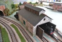 Slate Engine Shed Kit- 7 Mould KIT - OO/HO Gauge Model Railway Scenery