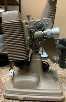 Vintage Revere  Model 85  8mm Movie projector Revere 0614L