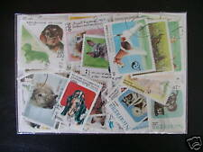 ********TIMBRES CHIENS : 250 TIMBRES TOUS DIFFERENTS /STAMPS DOGS *********
