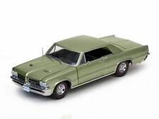 1:18 Pontiac GTO 1964 1/18 • SUNSTAR 1827