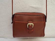 AUTH et beau  sac bandoulière LIZ CLAIBORNE cuir ( T)BEG vintage bag