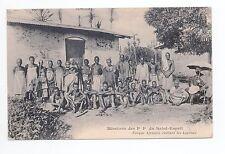 AFRIQUE scenes types ethnies missions  Ethnics eveque visitant les lepreux