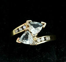 10k Yellow Gold Oval Aquamarine and Diamond Ring (size 7)