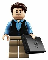 LEGO minifigure - Chandler Bing (idea058) from 21319 FRIENDS Central Perk