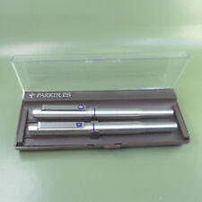Parker 25 Iconic Fountain pen and Fibre tip pen in original Gift box, ENGLAND