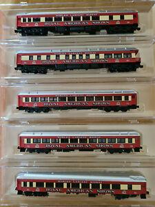 N Scale Micro Trains Royal American Shows passenger cars - 5 set