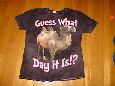 HUMP DAY DAAAAAAAY Camel Geico Gecko  T-Shirt  NEW  FUNNY CUTE    sz..... MEDIUM