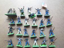Petits soldats en plastique peint Britains