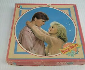Vintage Sweet Valley High Puzzle - Playing For Keeps