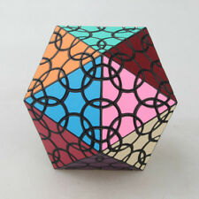 VeryPuzzle 20 Faced Clover Icosahedron D1 Magic Cube Twist Puzzle Black