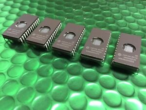 5 x HN462532G, HN462532, 4KX8, 32K UV-EPROM 27C256 TMS2532 CERAMIC 24 PIN NEW!