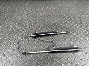 ✔MERCEDES R231 SL550 SL400 REAR BOOT TRUNK LIFT HYDRAULIC STRUT SHOCK RAM OEM