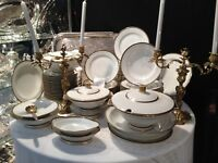 Service de table en porcelaine blanche bordure noir & or Limoges Lanternier