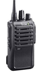ICOM F4001 UHF 450-512 MHz 4 Watt Two Way Radio w/ Programming Software & Cable