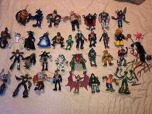 TMNT Teenage Mutant Ninja Turtles Action Figures Lot of 33 W Some Accessories R4
