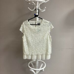 phase 8 White Lace top size 14 ##BEL