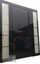 Drzwi zewnętrzne Schuco - aluminiowe ze szklanym panelem nakładkowym