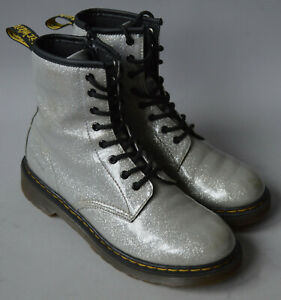 Girls / Ladies Dr. Martens Air Wair Silver Shiny Glitter Boots Size UK 4