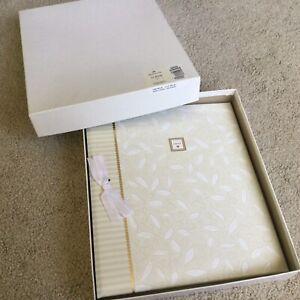 NEW! Vintage Hallmark Ivory Leaves Wedding Keepsake Photo Album Love Box