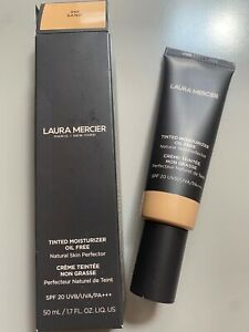 Laura Mercier Tinted Moisturizer Oil Free in shade Sand 3N1 NEW & BOXED