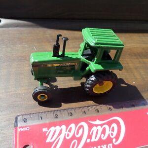 UNBRANDED METAL JOHN DEERE SMALL GREEN TRACTOR 1813X