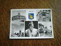 carte postale arles arlesienne