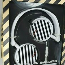 JBL On Ear Safari Headphone Discontinued Print Highly Rated New in Box Rare!