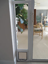 CAT, Vertical white vinyl glass window, flap size 7 x10 up to 25 lbs19-22 Lg