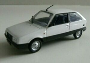 miniature 1/43 CITROEN AXEL 1985