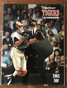 1965 Detroit Tigers Yearbook 48 Pages MLB Baseball Yearbook