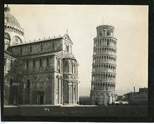 Italie, tour de Pise Vintage silver print,  Tirage argentique  9x12  Circa