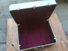 Vintage Halliburton Aluminum 24x18x8.5 Travel Suitcase Luggage Hard Case Lining