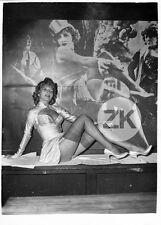Comtesse MARIE BERNARD Pin-up Upskirt Legs Sexy BLAUE ENGEL Dietrich Photo 1959