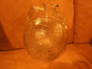 Vintage White House Apple Cider Vinegar 4 Pint Size Glass Bottle Jug Pitcher