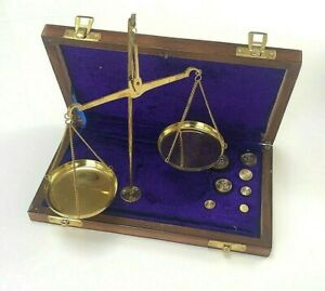 Reproduction Brass Scales Balance Jewellery in Solid Wood Case & 50g Weight set