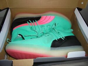Men's PUMA CLYDE COURT DISRUPT 191715-01 Biscay Green South Beach Miami Pink