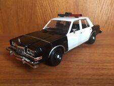 Motormax 1/24 1980's Dodge Diplomat Black & White Police Cruiser