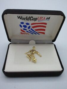 FIFA World Cup USA 94 Football Soccer Pin Gold Soccer Player Collectible BOX