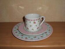 TCM Kaffeegedeck 3 Teile Rosendekor rosa hellblauer Rand pastell -mehr vorhanden