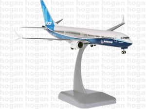 Hogan Wings 11243, Boeing House Colors 737 Max 10, NL 2018, 1:200